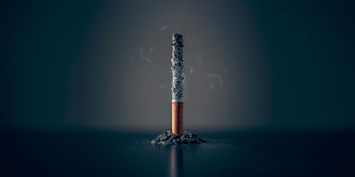 que causa al fumar cigarro